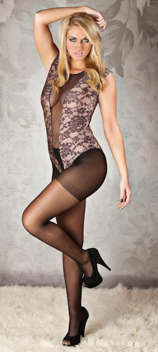 nylons Babes in