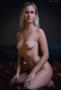 Neue Fotos 2020 Teen showing pussy